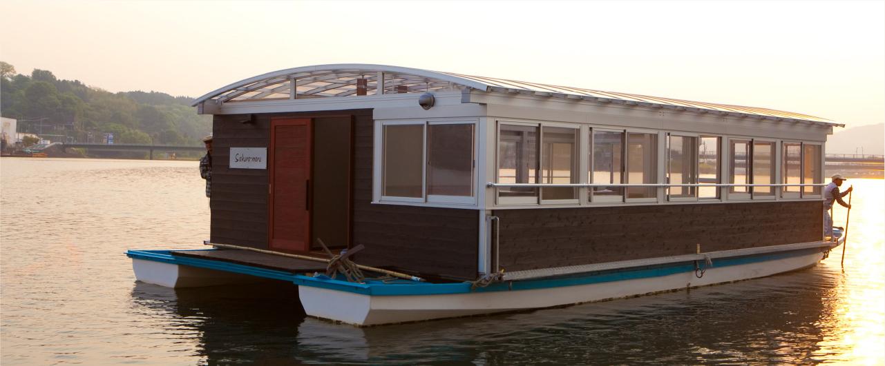カフェ船「さくら丸」